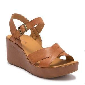 Korks wedge sandals